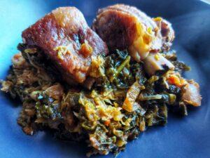 Braised pork ribs with savoy cabbage - enjoy